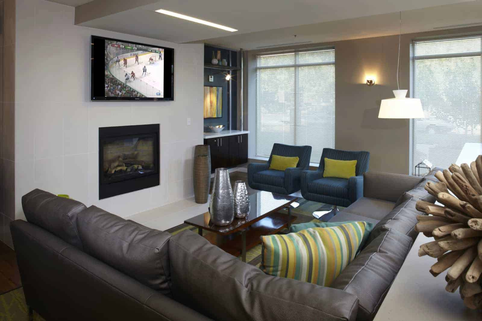Interior of living room with TV and modern decor.